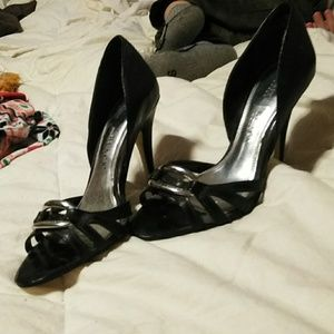 White House|Black Market size 7 heels
